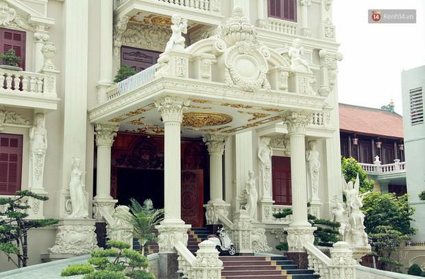 Về làng tỷ phú Nam Định chiêm ngưỡng những tòa lâu đài nguy nga tráng lệ theo phong cách Châu Âu - Ảnh 13.