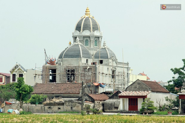 Về làng tỷ phú Nam Định chiêm ngưỡng những tòa lâu đài nguy nga tráng lệ theo phong cách Châu Âu - Ảnh 11.