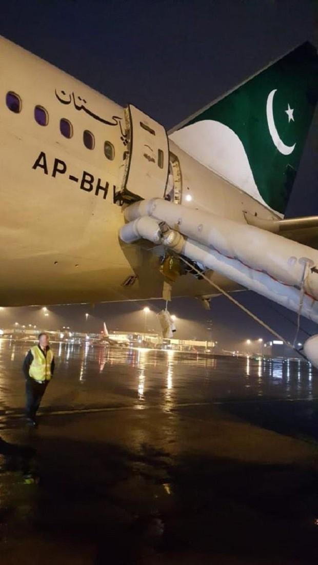 Nữ hành khách khiến cả chuyến bay bị hoãn 7 tiếng đồng hồ chỉ vì lý do vô cùng khó đỡ trước giờ cất cánh - Ảnh 1.