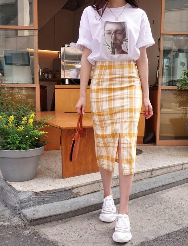Ít ai biết rằng: Chân váy cũng có thể kéo chân dài miên man nếu bạn chọn 4 kiểu dáng này - Ảnh 9.