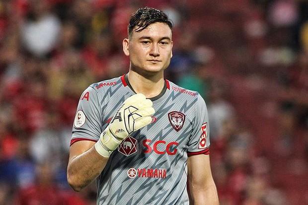 Đặng Văn Lâm: Sau niềm vui chiến thắng cấp đội tuyển là nỗi sợ thất bại ở Muangthong United - Ảnh 3.