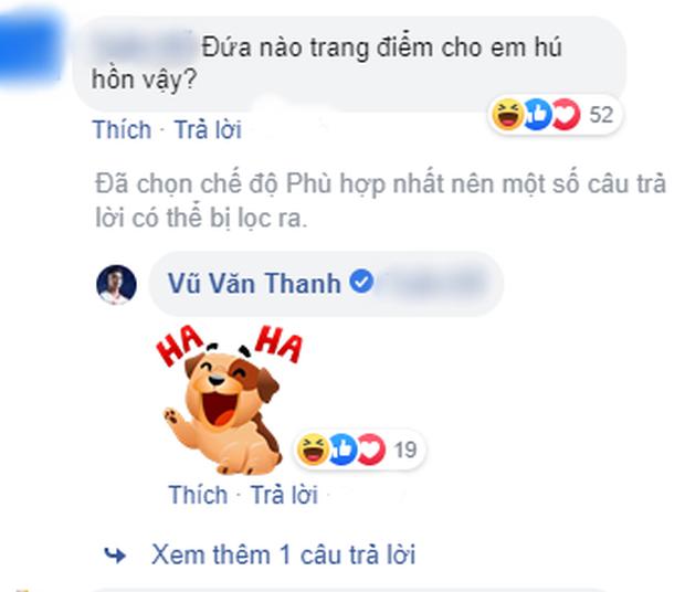 Đăng ảnh thả thính, Văn Thanh bị netizen tố trang điểm và photoshop quá đà đến mức mất cả điểm đặc trưng này - Ảnh 3.