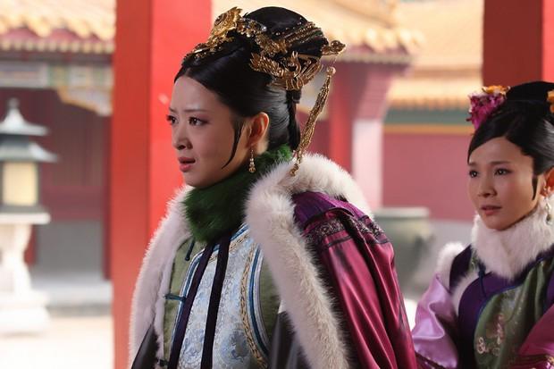 Tưởng Hân: Hoa phi vé vớt sau cái lắc đầu của Phạm Băng Băng, được nhiều người yêu mến nhưng lẻ bóng ở tuổi 36 - Ảnh 12.
