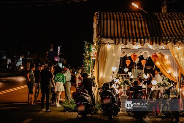 HOT: Những hình ảnh đầu tiên về đám cưới của Cris Phan - Mai Quỳnh Anh ở quê nhà Phú Yên - Ảnh 6.