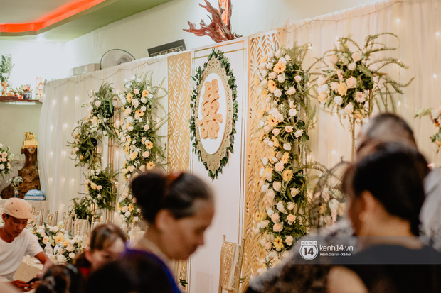 HOT: Những hình ảnh đầu tiên về đám cưới của Cris Phan - Mai Quỳnh Anh ở quê nhà Phú Yên - Ảnh 3.
