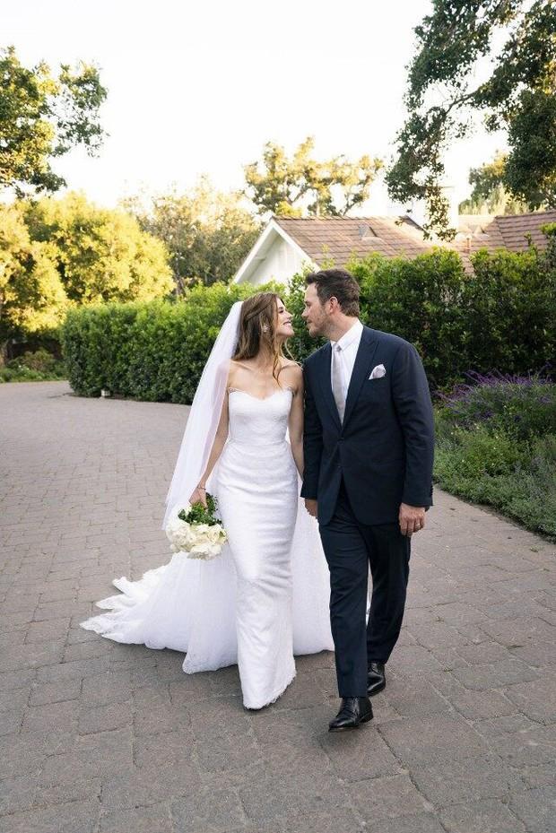 Cặp vợ chồng mới cưới hot nhất Hollywood tuần qua gây thất vọng bởi vẻ ngoài kém sắc ngoài đời thường - Ảnh 6.