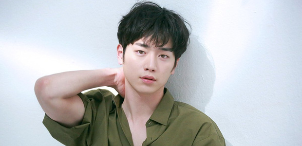 Seo Kang Joon tung teaser đẹp ná thở , hóa cảnh sát bóc phốt tham nhũng đồng đội siêu gắt trong dự án mới! - Ảnh 1.