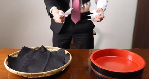 Giải trí nhẹ nhàng với video stop-motion dạy làm sushi từ... iPhone, áo vest - Ảnh 2.