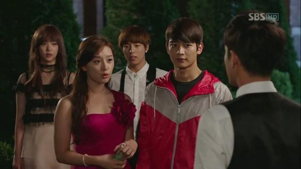 4 người nổi tiếng xấc láo trong phim Hàn hơn cả thí sinh The Voice: Số 3 không may nhận kết đắng! - Ảnh 12.