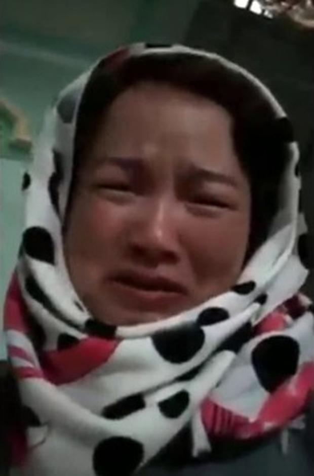 Mẹ nữ sinh giao gà ở Điện Biên tóc bạc trắng đầu sau 2 tuần bị bắt - Ảnh 2.