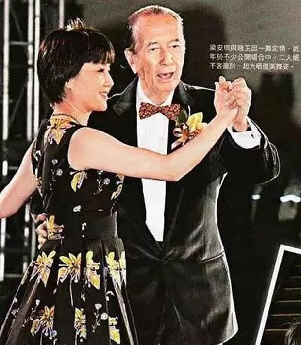 Lọ lem xuất chúng của Macau: Vũ nữ đổi đời thành bà tư gia sản chục ngàn tỷ, khiến trùm sòng bạc phải nể phục - Ảnh 9.