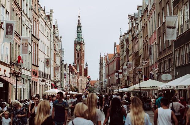 """Câu hỏi đảm bảo 3 giây đầu 90% dân tình đều không trả lời được: """"Ba Lan với Phần Lan là 1 nước hay 2?"""" - Ảnh 2."""