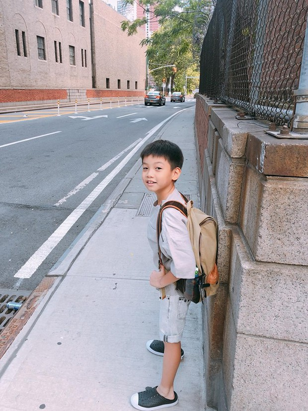 Học trường có học phí khủng hàng trăm triệu, Subeo nói tiếng Anh nhanh như gió khiến mẹ cũng phải nhận thua - Ảnh 3.