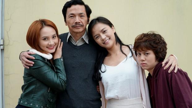 Đột nhập hậu trường Về nhà đi con gặp Quốc Trường, Bảo Thanh và dàn diễn viên cực hot màn ảnh nhỏ - Ảnh 2.