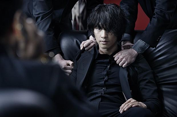 4 phim lật tẩy các băng đảng mai thuý gắt nhất điện ảnh Hàn: Số 2 và 3 bị dán mác 19+ vì quá tàn khốc! - Ảnh 6.