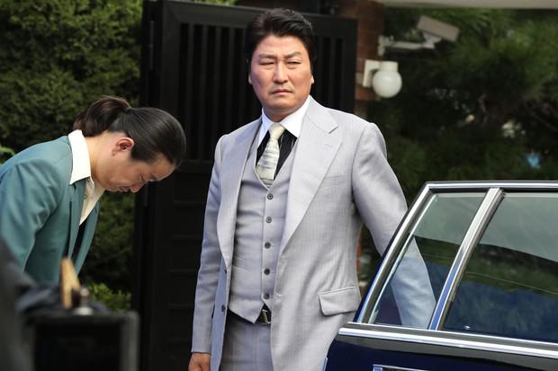 4 phim lật tẩy các băng đảng mai thuý gắt nhất điện ảnh Hàn: Số 2 và 3 bị dán mác 19+ vì quá tàn khốc! - Ảnh 12.