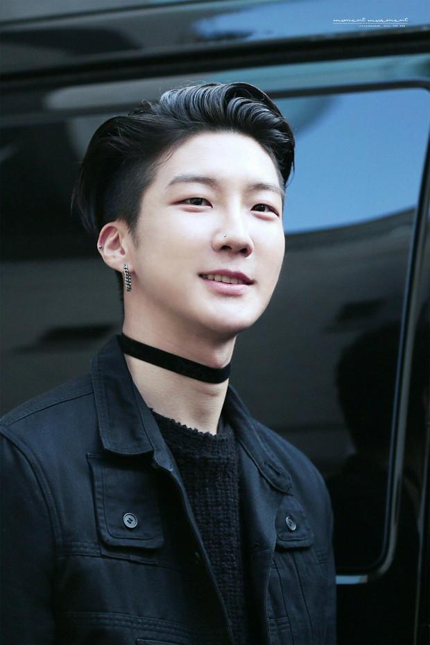 5 idol Kpop nổi tiếng trước khi debut: Ryujin (ITZY) gây chú ý khi xuất hiện cùng BTS, Jennie (BLACKPINK) collab với G-Dragon gây bão - Ảnh 3.