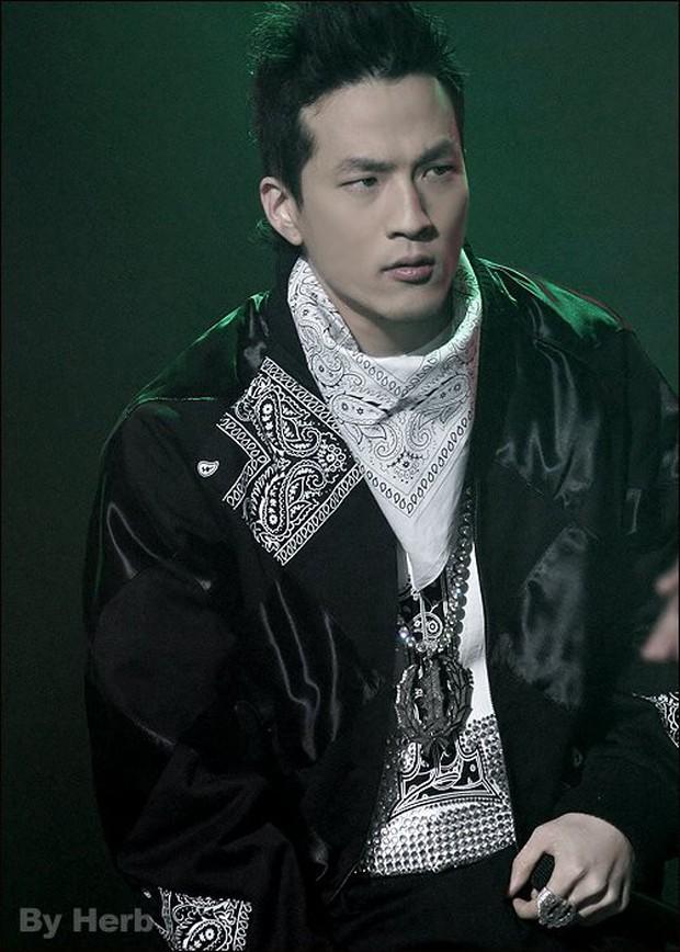 Bố Yang từ chức chủ tịch YG Entertainment, ông lớn sừng sỏ nào sẽ có cơ hội lên thay thế thống trị ngai vàng? - Ảnh 7.