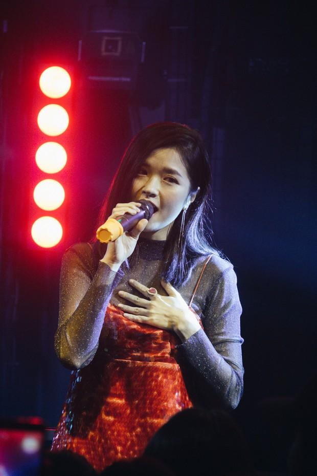 Bùi Anh Tuấn - Hiền Hồ siêu tình tứ, Xesi, Lyly và Suni Hạ Linh lập nhóm nhạc chinh phục Stand By Star: Summer Vibes - Ảnh 12.