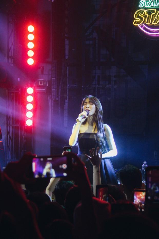 Bùi Anh Tuấn - Hiền Hồ siêu tình tứ, Xesi, Lyly và Suni Hạ Linh lập nhóm nhạc chinh phục Stand By Star: Summer Vibes - Ảnh 18.