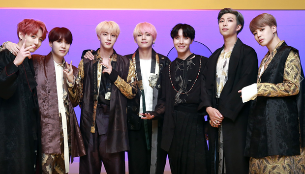 Khi idol Kpop đình đám ngái ngủ: BLACKPINK gây bất ngờ vì nhan sắc, BTS thì đúng là cạn lời - Ảnh 7.