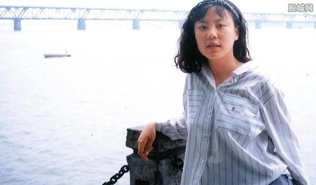Vụ đầu độc bí ẩn chấn động Trung Quốc: Cô sinh viên ưu tú bỗng chốc trở thành đứa trẻ bại liệt, sau 25 năm vẫn không bắt được kẻ hạ độc - Ảnh 2.