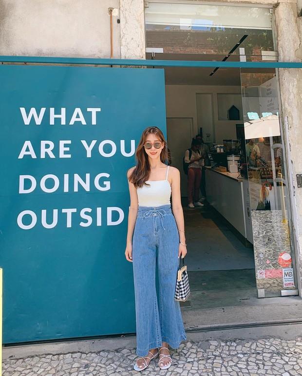 Diện quần jeans vào mùa hè: Sẽ rất đẹp mà không sợ nóng nếu bạn chọn 4 kiểu dáng này - Ảnh 7.