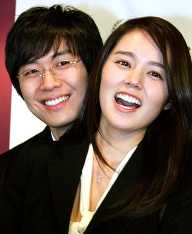 Cuộc hôn nhân phim giả tình thật đáng ngưỡng mộ của Han Ga In: Một lần hợp tác, dính voucher phu thê cả đời - Ảnh 1.