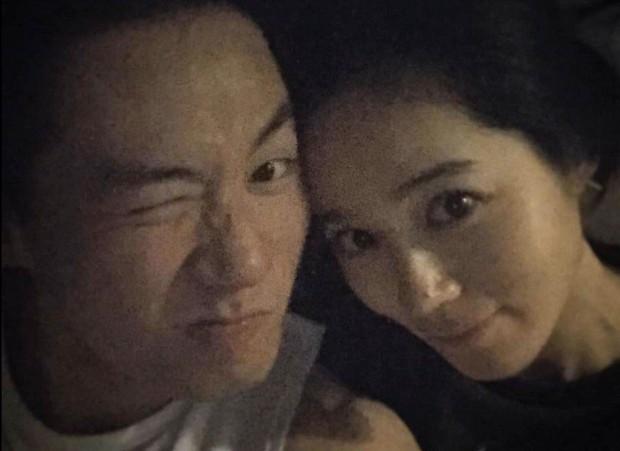 Cuộc hôn nhân phim giả tình thật đáng ngưỡng mộ của Han Ga In: Một lần hợp tác, dính voucher phu thê cả đời - Ảnh 10.