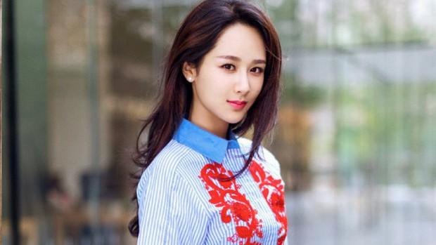 4 chị em họ Dương cùng cha khác ông nội của làng phim Hoa Ngữ: Người tình duyên lận đận, kẻ bất tài nhưng vẫn nổi bất chấp - Ảnh 18.
