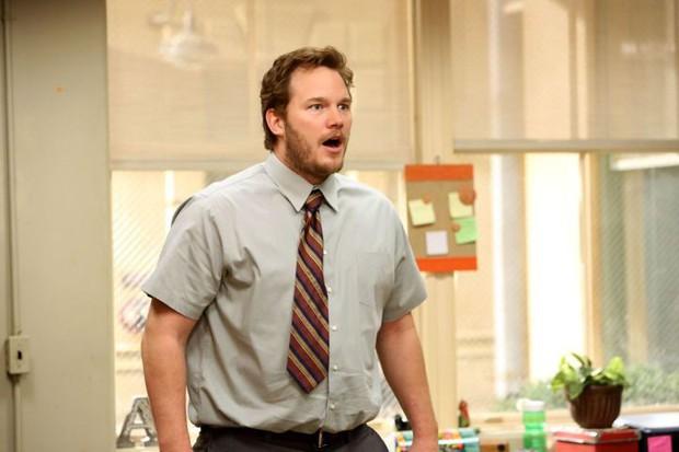 Ngạc nhiên chưa? Trước khi làm Thor salad, Chris Hemsworth từng dọn dẹp máy bơm ngực cho chị em - Ảnh 9.