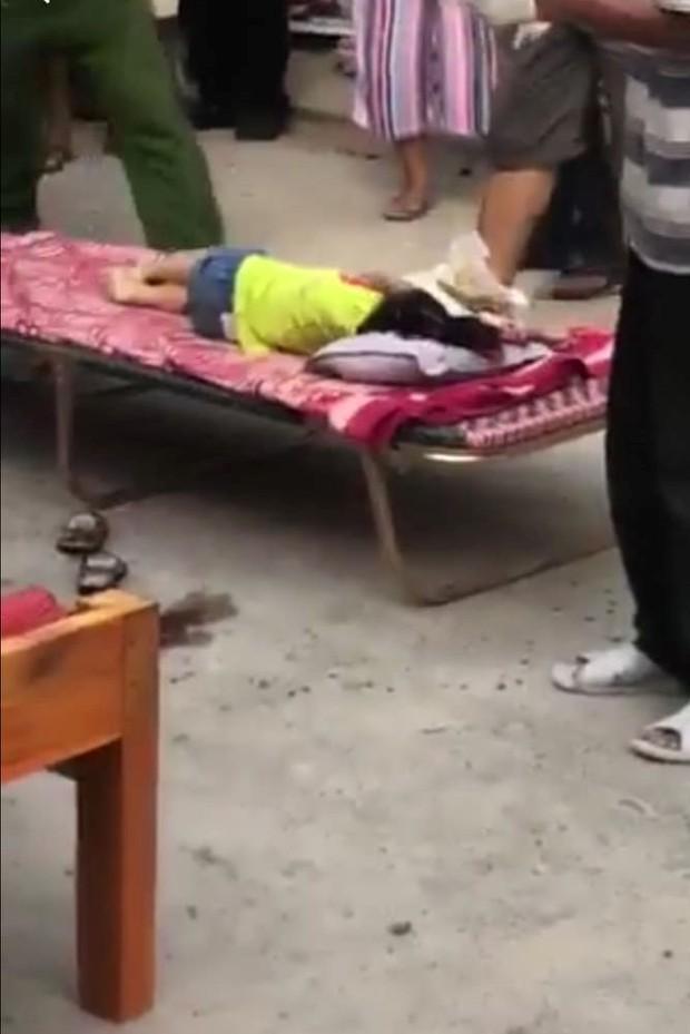 Đà Nẵng: Bé gái 3 tuổi bị ô tô đưa đón của trường mầm non tông tử vong khi vừa bước xuống xe - Ảnh 1.