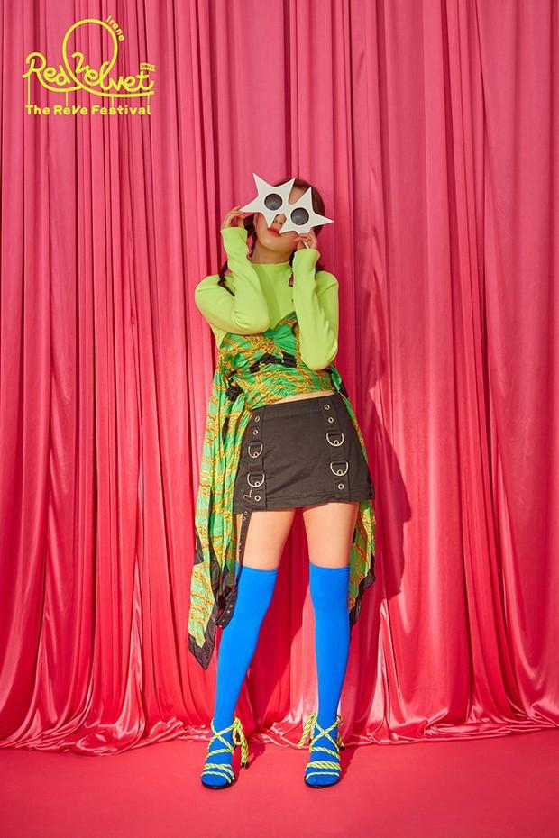 Trọn bộ teaser ảnh của Red Velvet: Dàn visual cực phẩm vẫn toả sáng mặc cho 1 đối tượng liên tục phá đám - Ảnh 1.