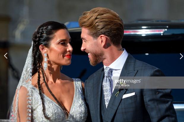 Thần thái vợ chồng Beckham áp đảo toàn bộ khách mời đến dự đám cưới xa hoa của đội trưởng Real Madrid - Ảnh 16.