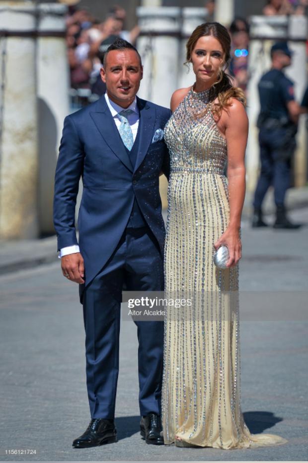 Thần thái vợ chồng Beckham áp đảo toàn bộ khách mời đến dự đám cưới xa hoa của đội trưởng Real Madrid - Ảnh 13.