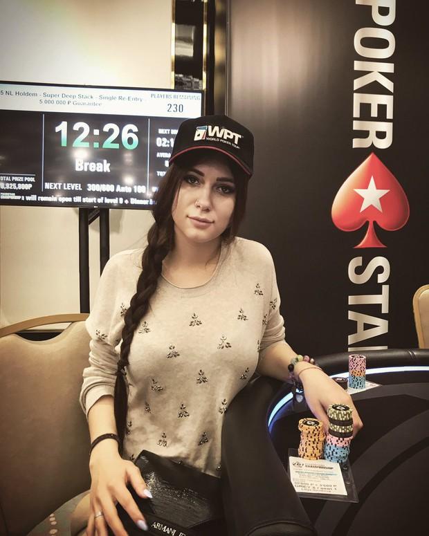 Nga: Cựu nữ game thủ Dota2 xinh đẹp chết bí ẩn trong tình trạng khoả thân - Ảnh 3.