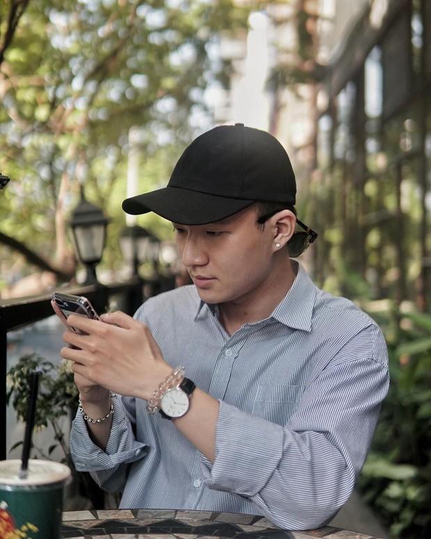 63 quán cà phê xinh xắn ở Sài Gòn và lời nhắn nhủ của chàng freelance điển trai dành cho những người trẻ ngày nay hơi tí là than không biết đi đâu, chơi gì - Ảnh 1.