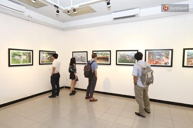 Triển lãm gần 100 bức ảnh ấn tượng của CLB phóng viên ảnh Hà Nội chào mừng 94 năm ngày báo chí cách mạng Việt Nam - Ảnh 2.