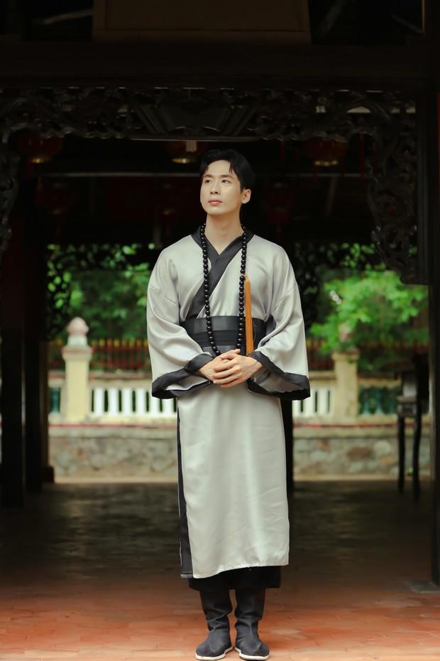 Nhân tình của Hari Won gia nhập CLB Độ Ta Không Độ Nàng, làm cao tăng nhưng chưa buồn cạo tóc - Ảnh 6.