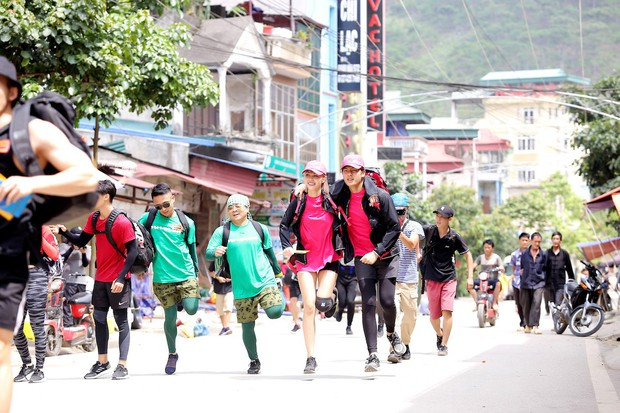 Cuộc đua kỳ thú 2019: Những hình ảnh đầu tiên được hé lộ, Kỳ Duyên - Minh Triệu diện đồ đôi, nắm tay không rời - Ảnh 14.