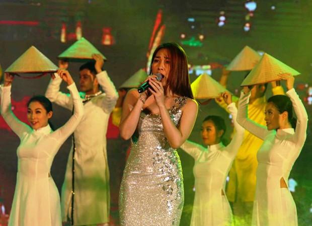 Hoá ra sự kiện mà Mỹ Tâm cùng Mai Tài Phến bí mật tham dự lại chính là lễ hội du lịch lớn nhất Quảng Nam mùa hè này - Ảnh 2.