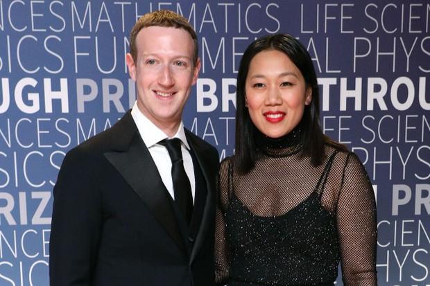 Mark Zuckerberg còn không đăng ảnh con cái lên Facebook, vậy bạn có nên làm thế? - Ảnh 1.