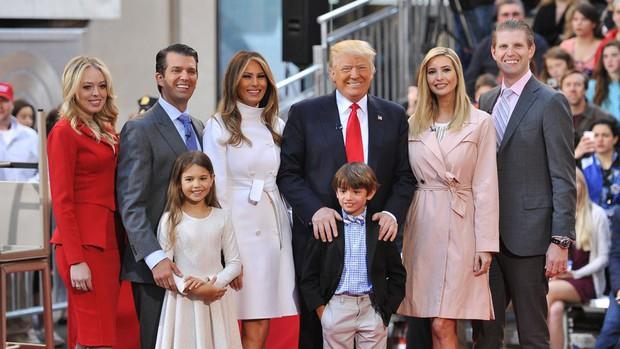 Các con của Tổng thống Mỹ chúc mừng sinh nhật lần thứ 73 của bố bằng những bức hình đặc biệt, làm tan chảy trái tim bất cứ ai - Ảnh 4.