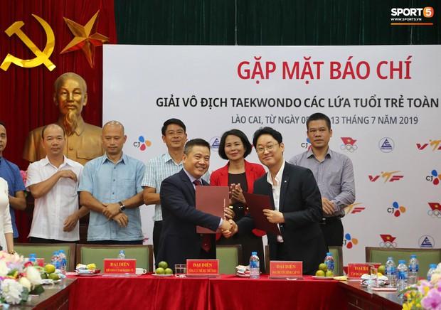 HLV Hàn Quốc trăn trở với thu nhập của VĐV Taekwondo trẻ Việt Nam và mục tiêu Olympic 2020 - Ảnh 2.