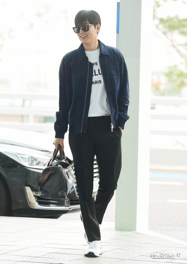 Lee Min Ho ra sân bay thôi mà quá sức bảnh bao, nhưng không giấu nổi sự tăng cân và bờ môi khô nứt nẻ - Ảnh 2.