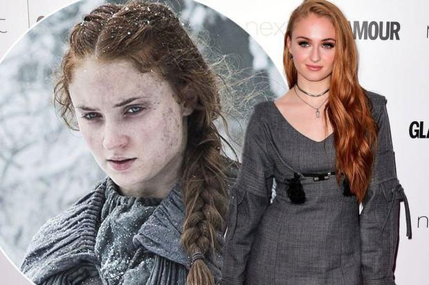 Nữ hoàng Sansa Sophie Turner của Game Of Thrones mất kinh nguyệt suốt 1 năm vì ăn kiêng - Ảnh 1.