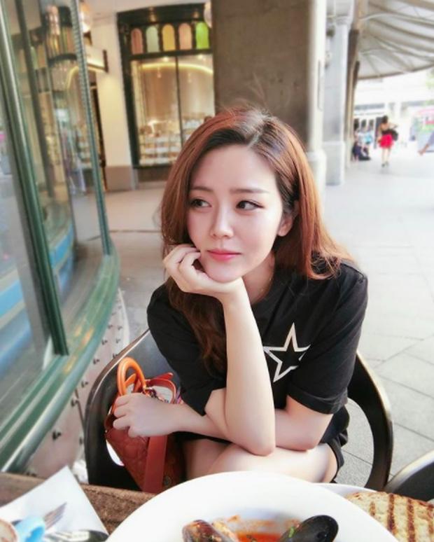 Những ái nữ Việt sinh ra đã ở vạch đích: người xinh đẹp nức tiếng, người sớm hưởng gen kinh doanh cực mạnh - Ảnh 7.