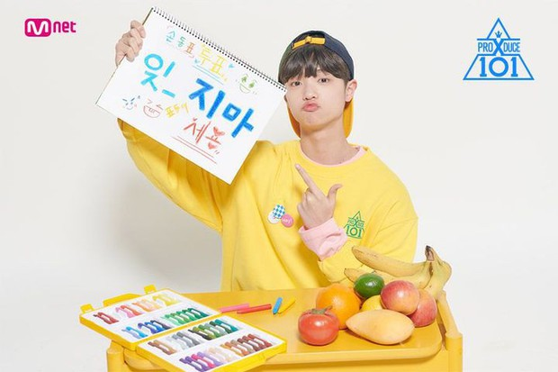 Center bài hát chủ đề Produce X 101 nức nở vì sợ không được debut - Ảnh 1.