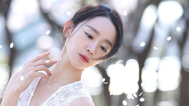 Quên đi thổ dân Song Joong Ki, 3 kiều nữ này mới là nhân vật chính khuấy động màn ảnh Hàn hè 2019 - Ảnh 9.