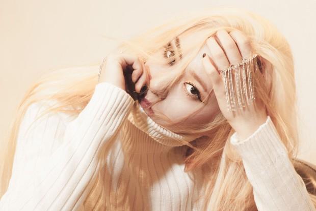 Loạt idol Kpop gây bão nhờ tóc vàng bạch kim: Người vịt hóa thiên nga, lên hẳn top trend, kẻ tuột dốc không phanh - Ảnh 15.